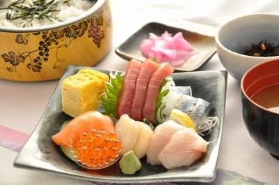 海鮮丼アフター.jpg