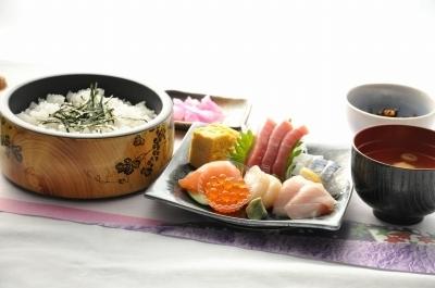 海鮮丼ビフォー.jpg